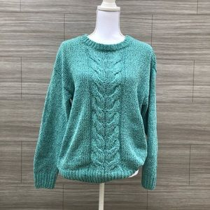 Soft knit pullover sweater Size Medium